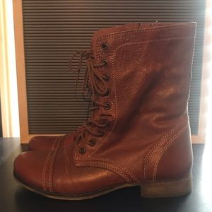 Steve madden troopa boot sz 8.5 (new)